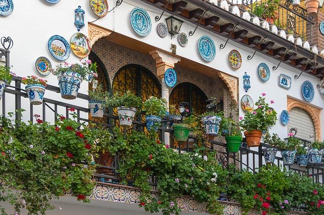 zdobený balkon